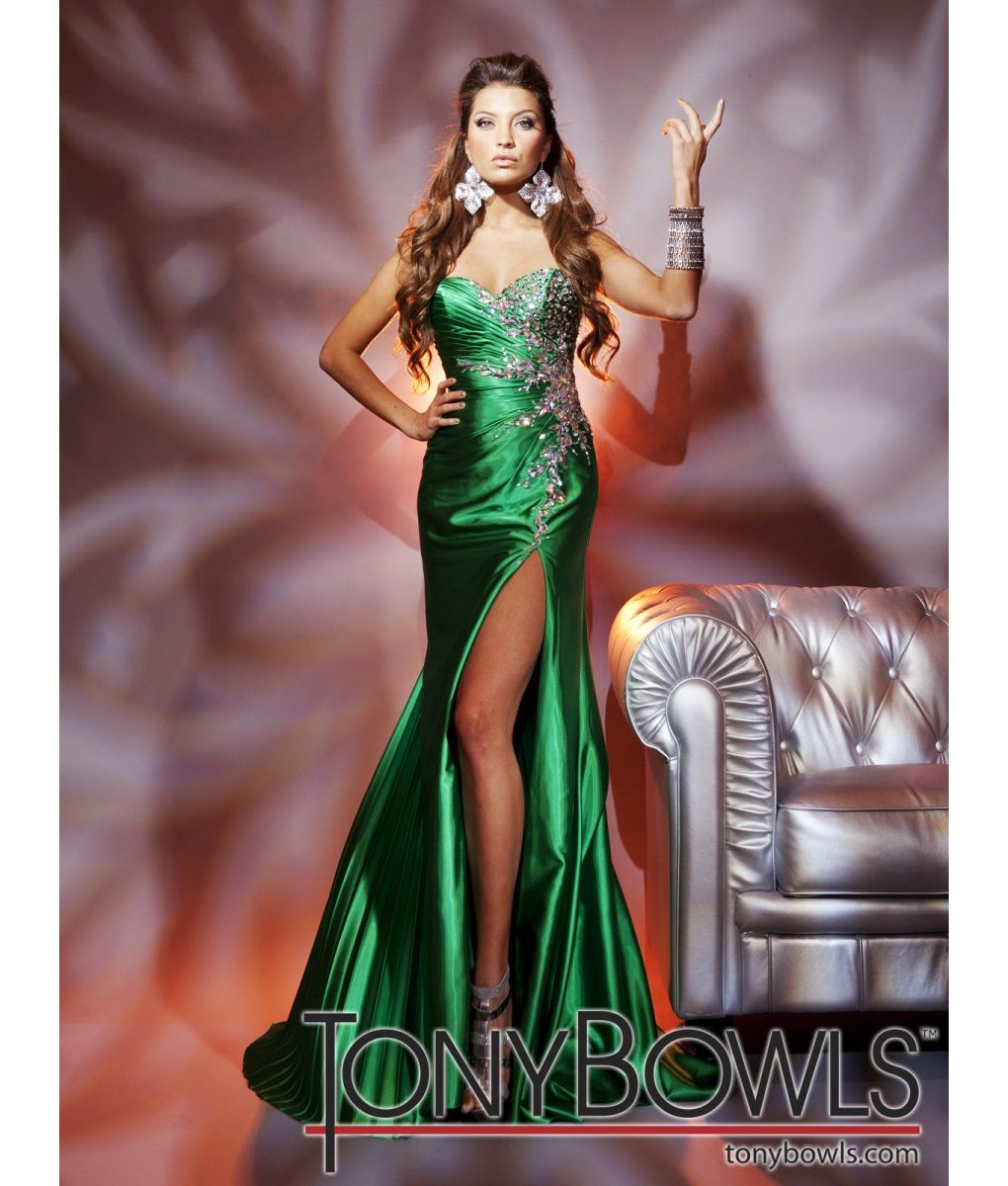 tony-bowls-green-silk-satin-strapless-gown- (3)