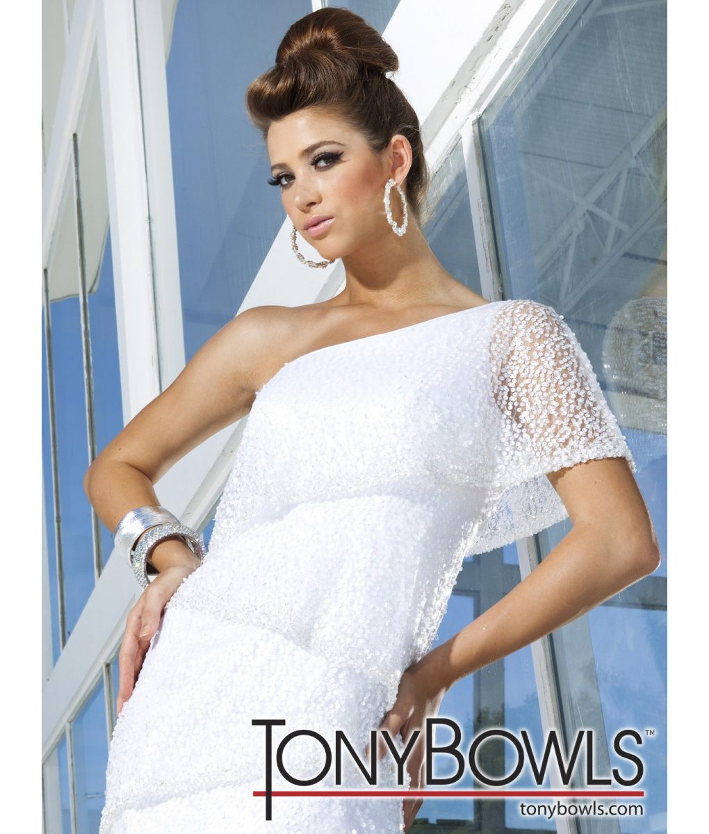 tony-bowls-one-shoulder-white-tiered-gown (2)