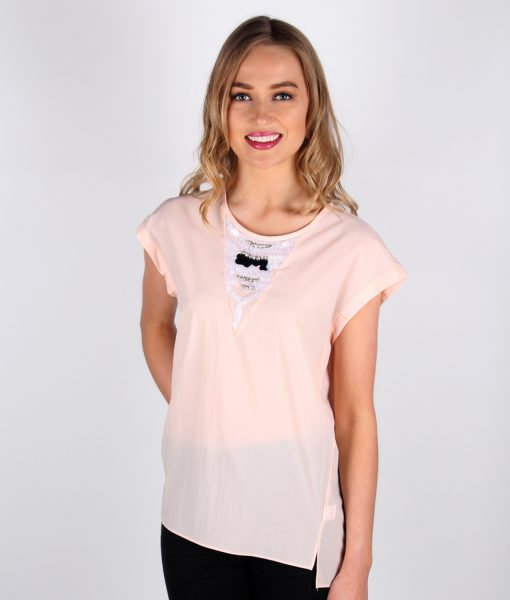 French Alila Peach v-detail top front close