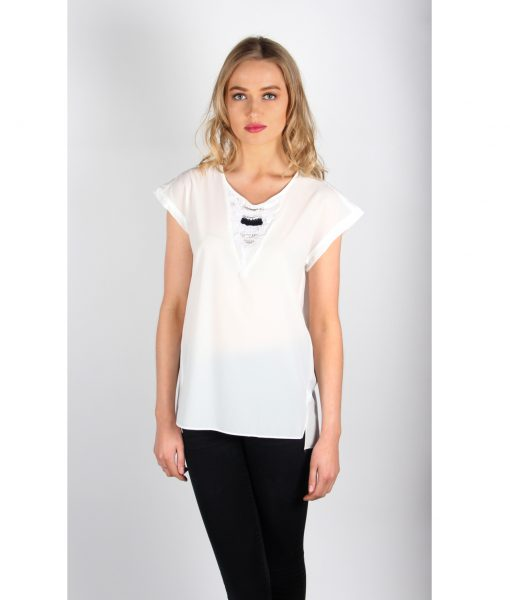 French Alila White V-detail top Front