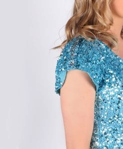 blue sparkles detail
