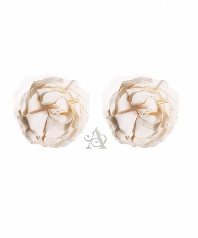 Eliza & Ethan Ivory Flower Clip Alila