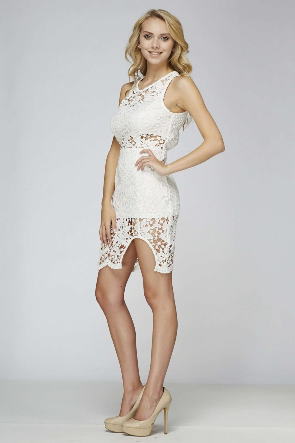 Alila Boutique White Lace backless Dress