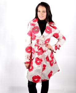 Cream trench coat red lips kiss OTT Alila