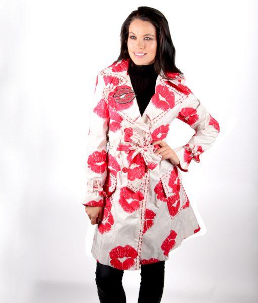 Cream trench coat red lips kiss OTT Alila