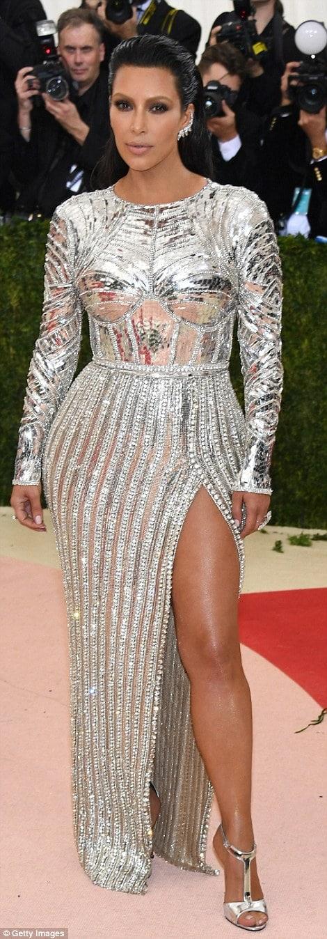 Kim Kardashian Met Gala 2016 Balmain Alila
