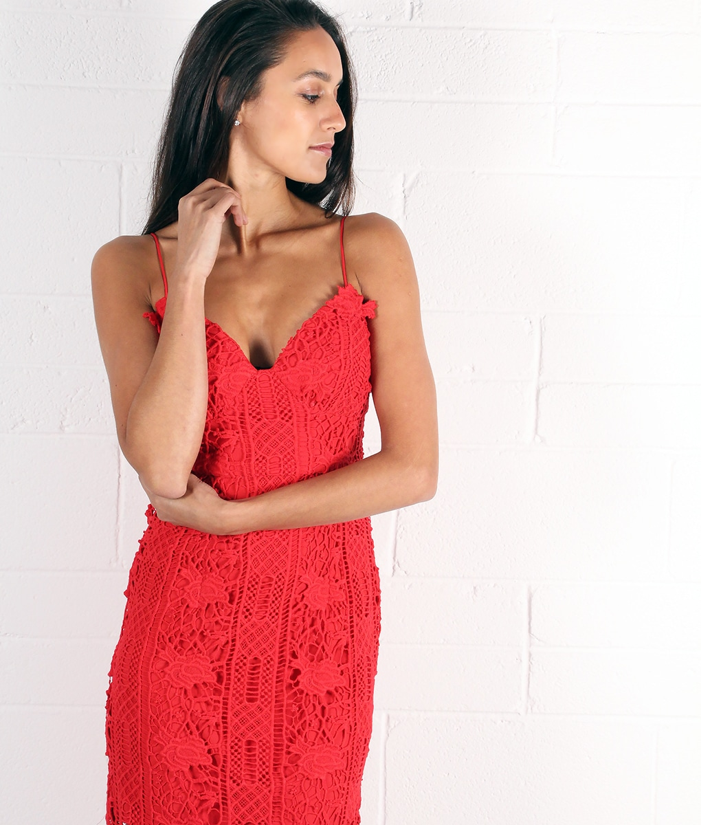 alila-red-crochet-dress-for-wedding-by-lumier-by-bariano-crop-side