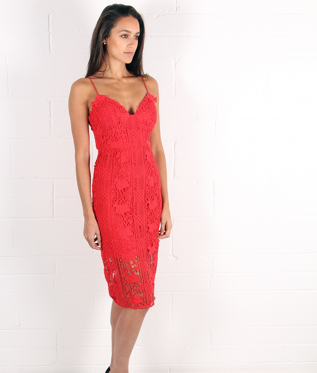 alila-red-crochet-dress-for-wedding-by-lumier-by-bariano