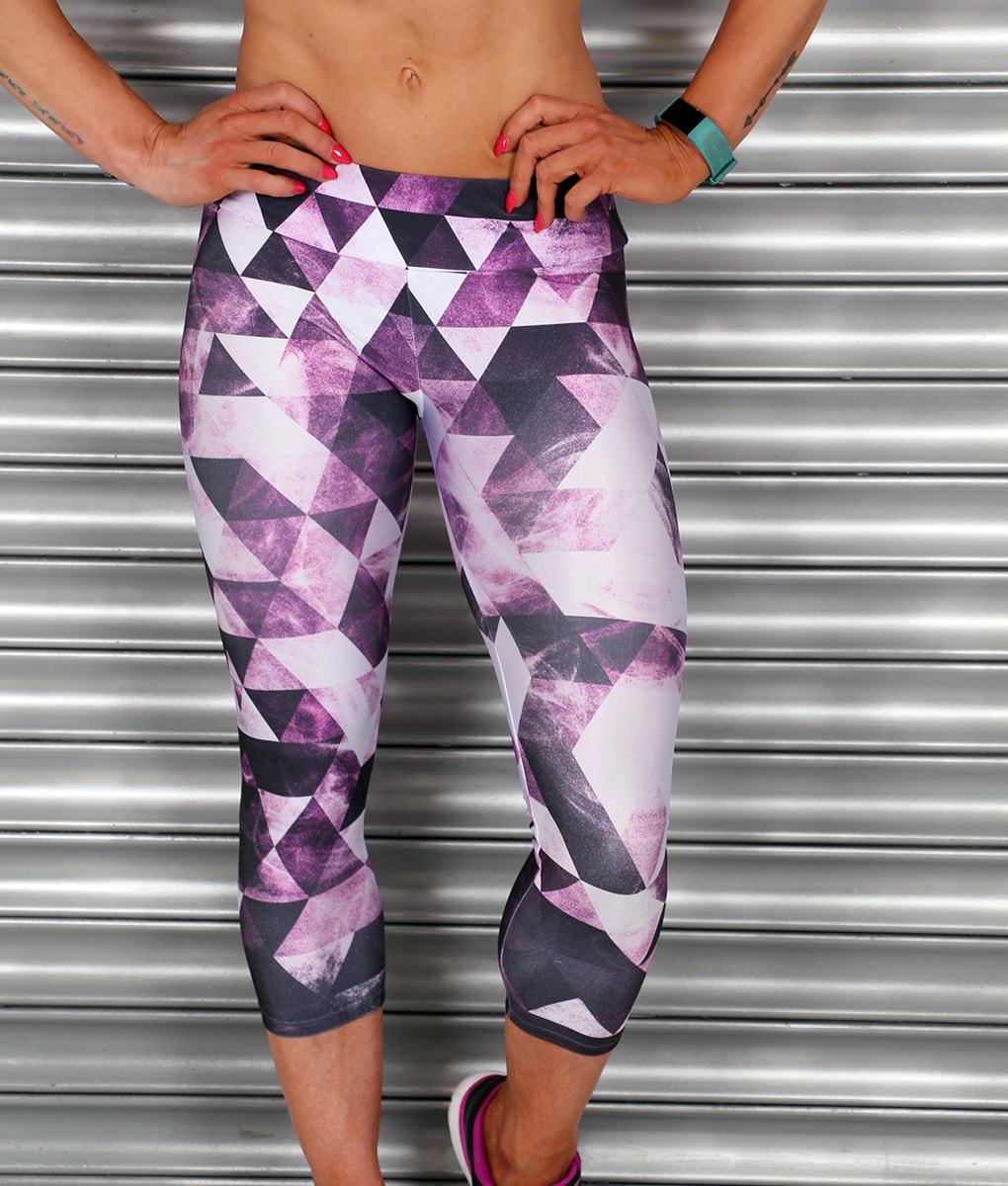 Alila-Active-Purple-black-and-white-cropped-leggings-ABS
