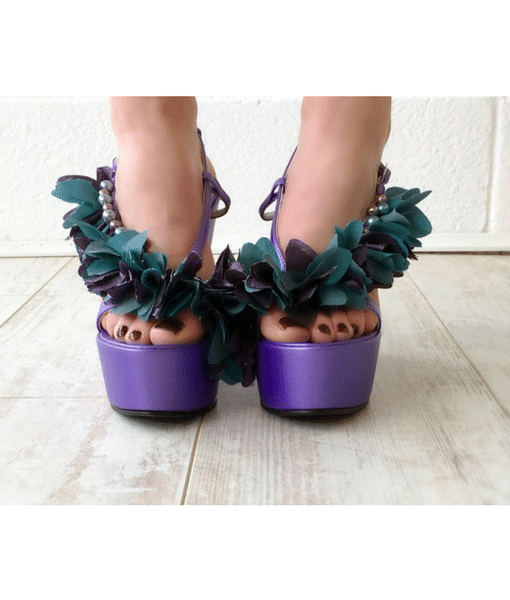 Purple flower wedge heels Alila