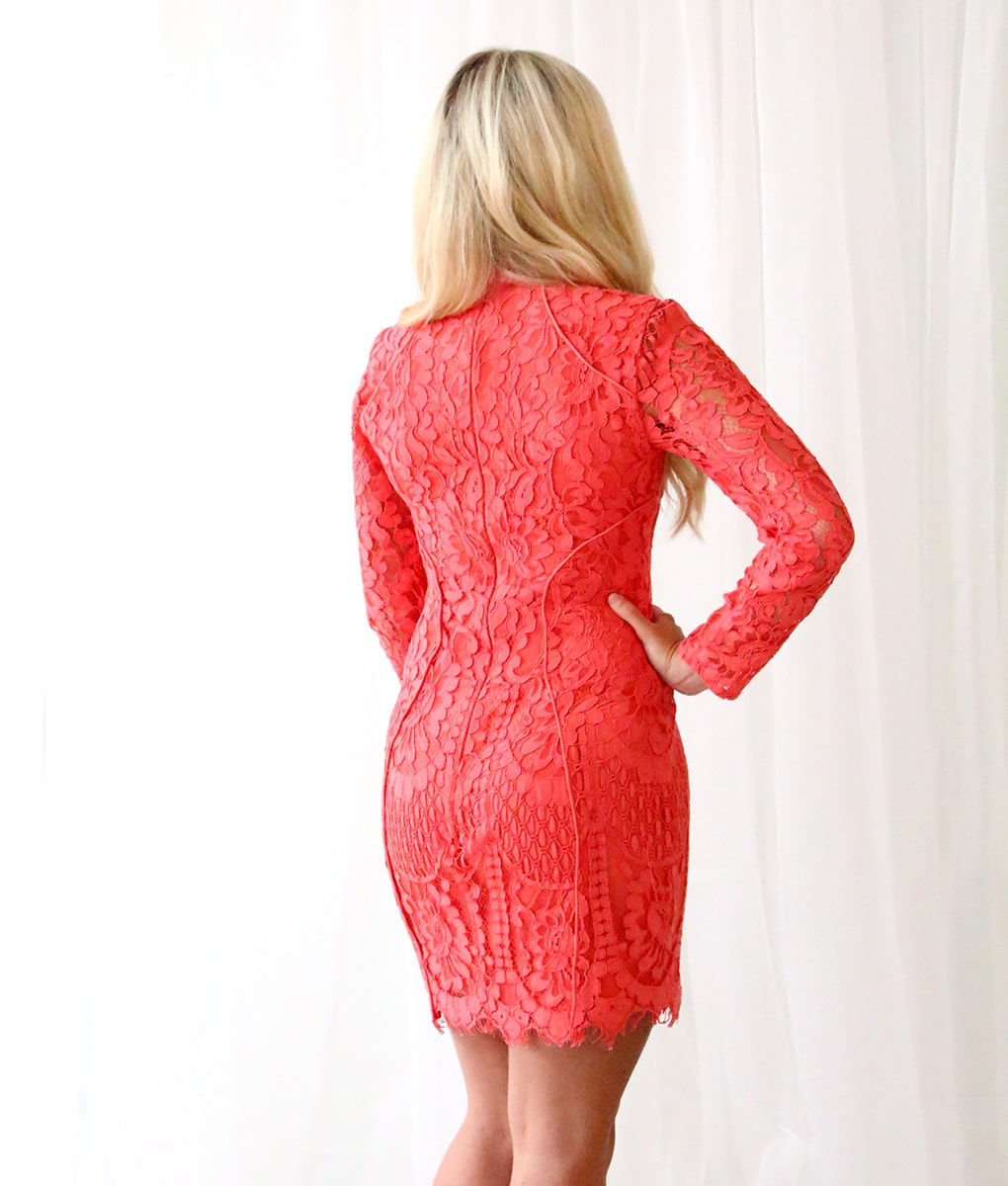 Alila-Coral-Long-sleeve-Lace-short-dress-Lumier-Bariano-back
