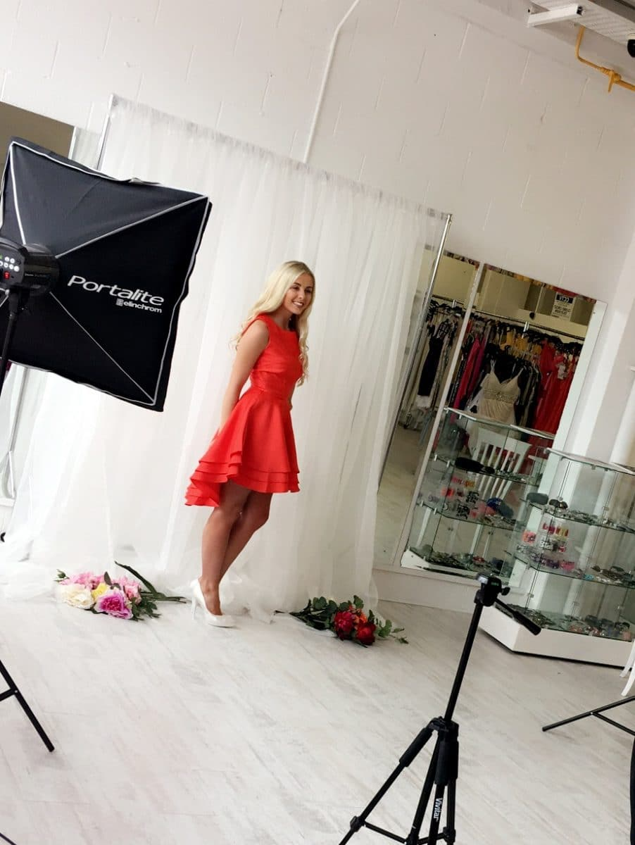 behind the scenes red ruffle
