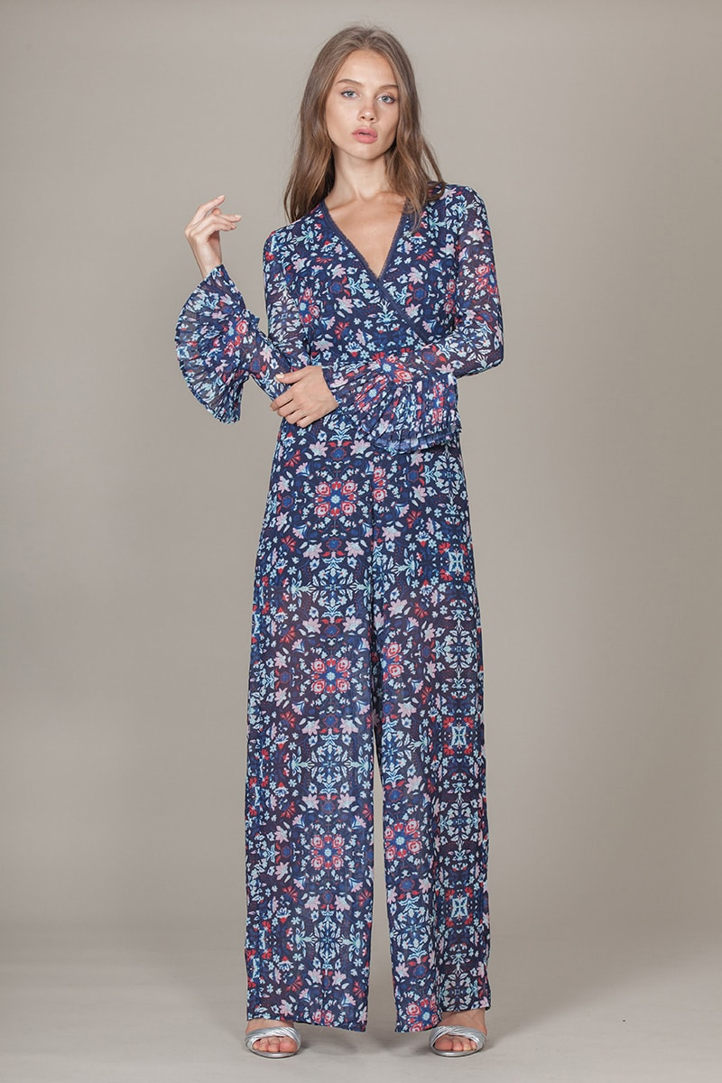 Alila-Floral-70s-Jumpsuit-Foxiedox