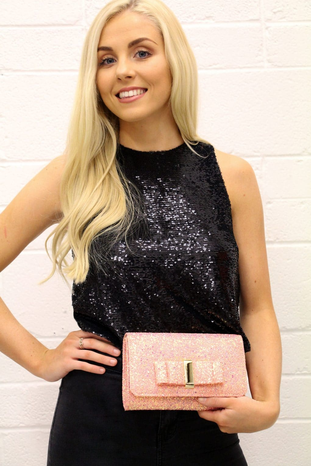 Alila-Pink-Glitter-Clutch-Bag-Mascara