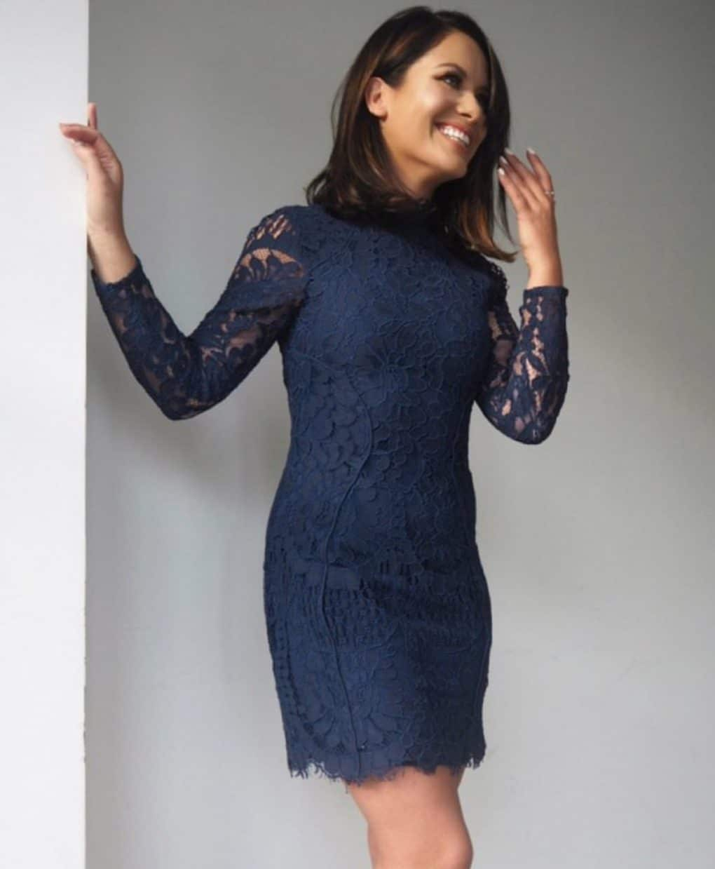 Lumier-By-Bariano-Navy-Lace-Long-Sleeved-Dress-Ireland-Am-Alila