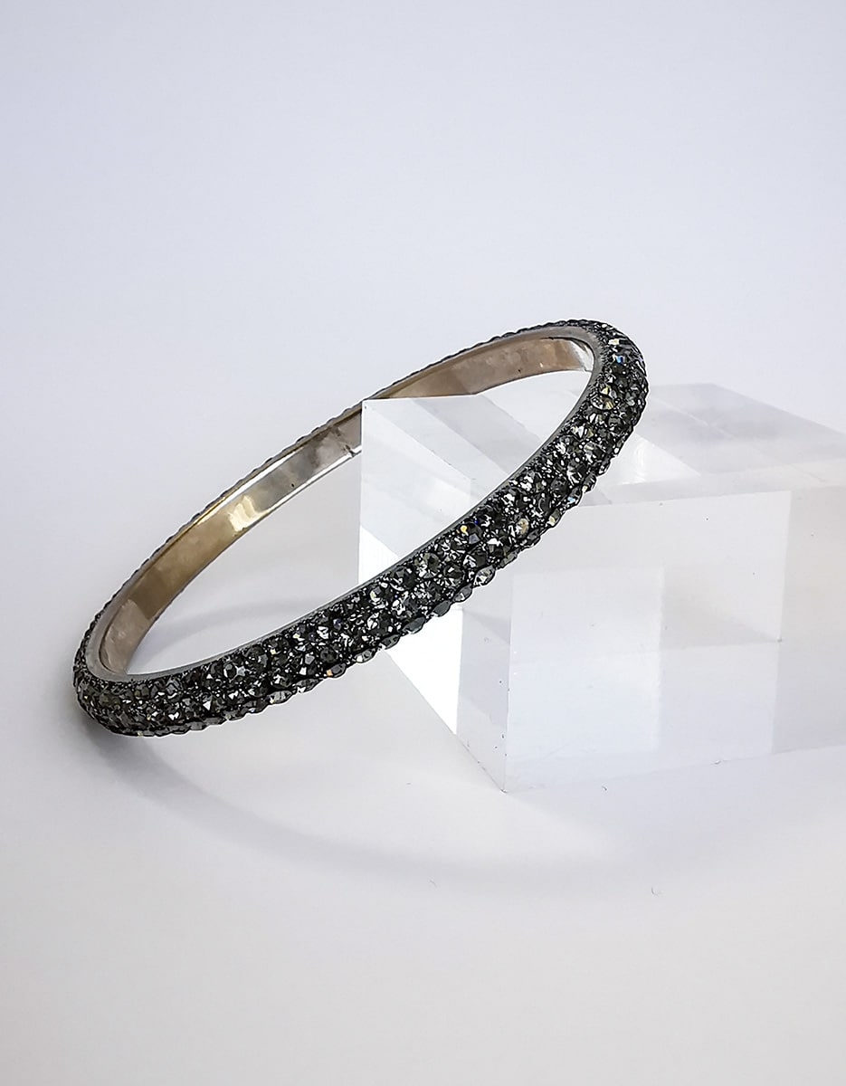 Titanium-grey-skinny-crystal-bangle-Alila