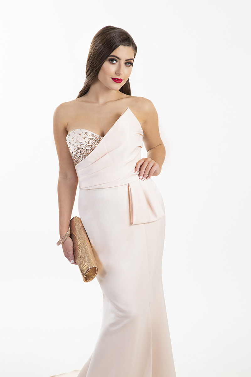Chloe-Ormond-Pale-Peach-Mascara-Strapless-Gown-with-Slit-Alila-Boutique